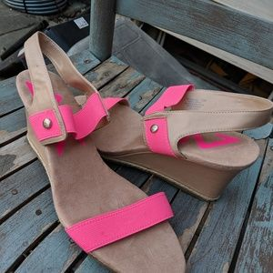 AK Sport Hot Pink & Tan Faux Leather Wedges 10M